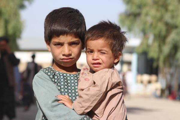 אפגניסטן מתפוררת